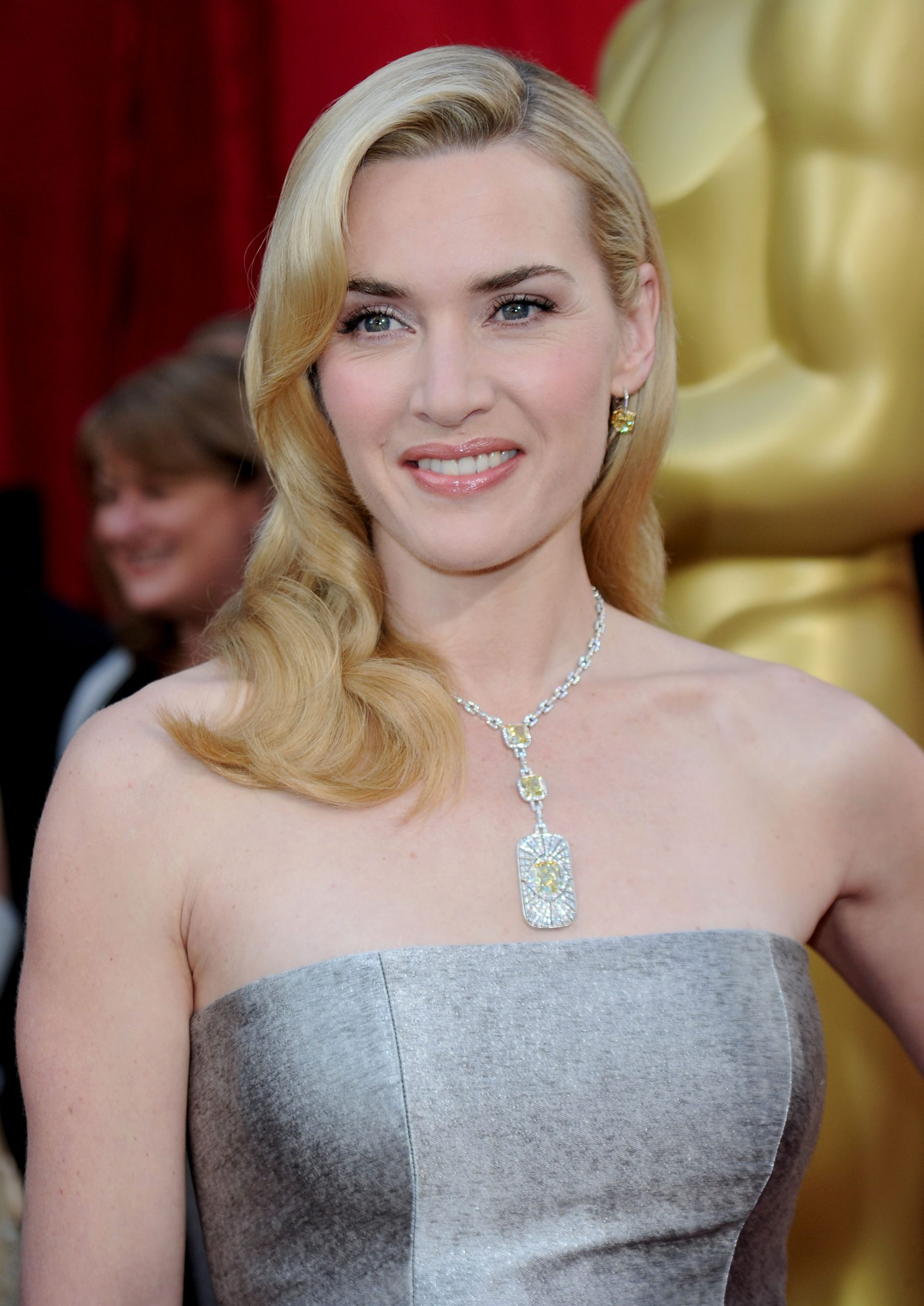 Kate Winslet at the 2010 oscars