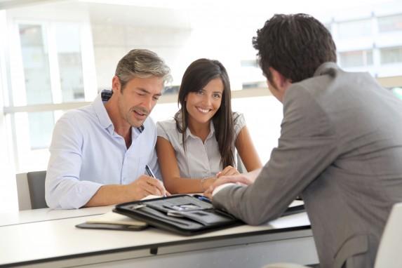 couple at bank