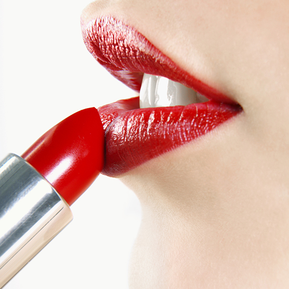Mistake #9: Applying lipstick straight from the stick