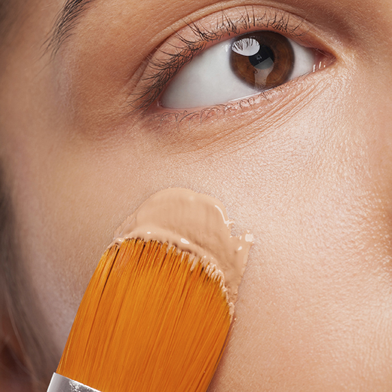 Mistake #1: Applying too much foundation