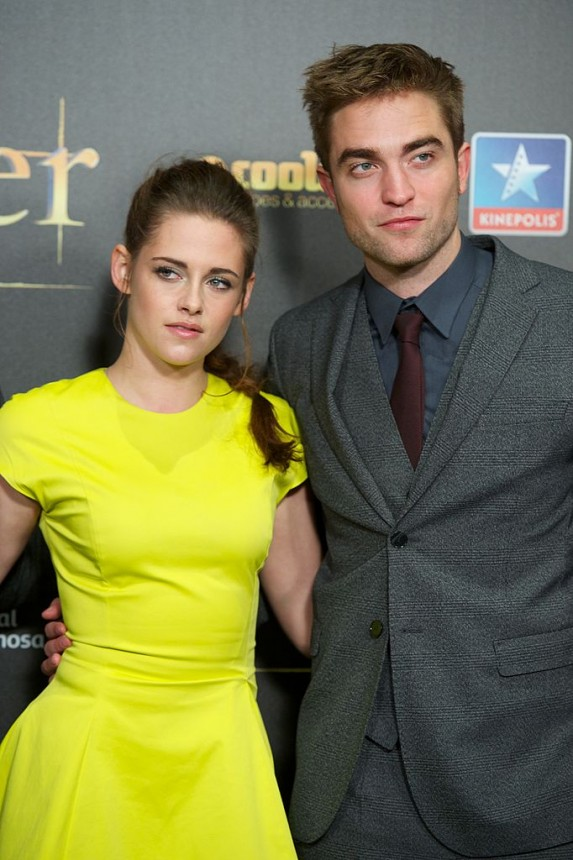 20. Kristen Stewart and Robert Pattinson