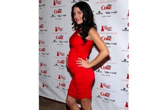 Pregnant Bethenny