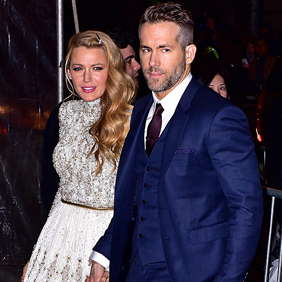 Blake Lively and Ryan Reynolds look alike