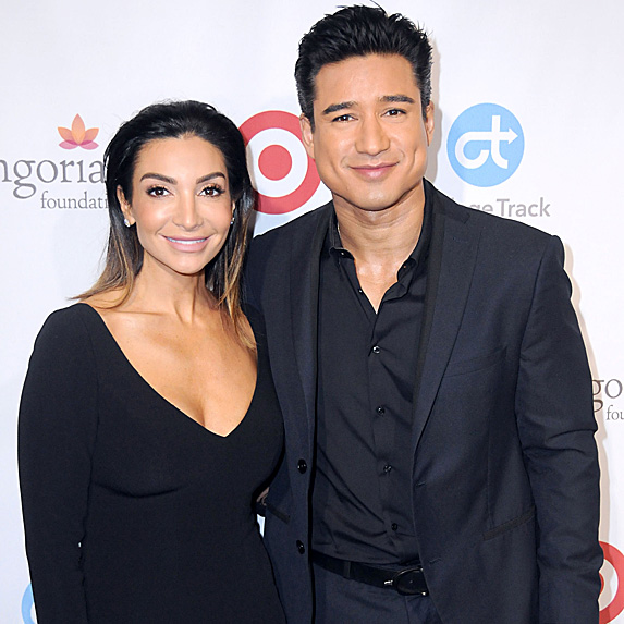 Courtney Mazza and Mario Lopez look like twins