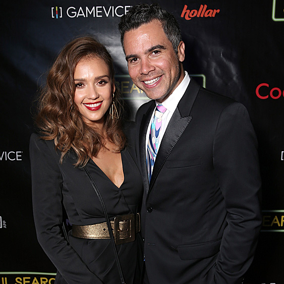 Jessica Alba and Cash Warren look like twins