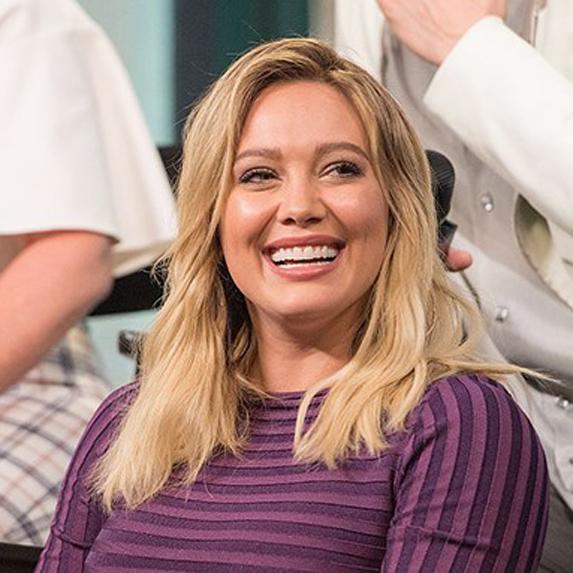Hilary Duff veneers