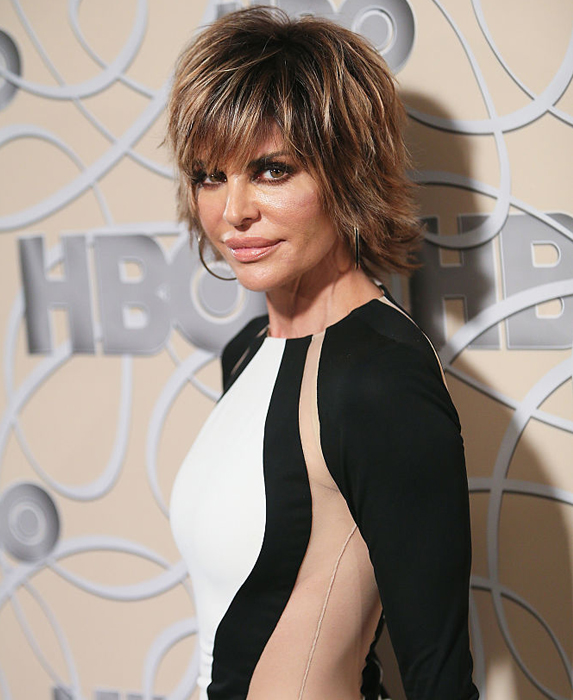 How old is Lisa Rinna?