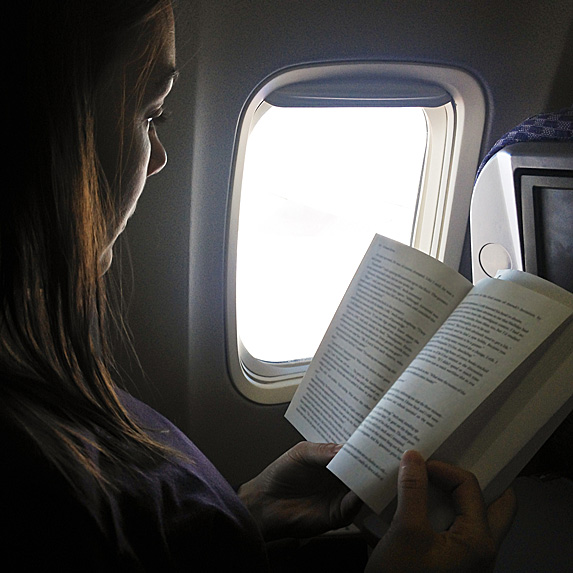 read on a plane to pass time