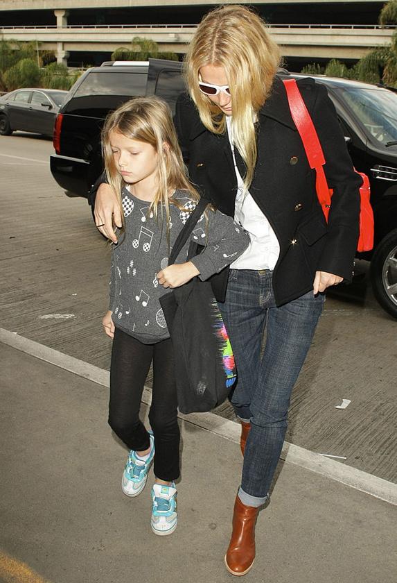 Apple Martin and Gwyneth Paltrow