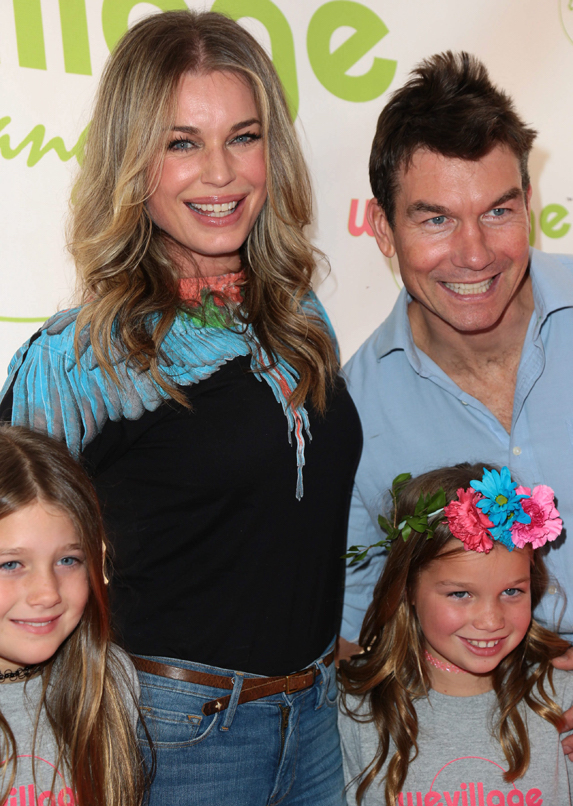 Jerry O'Connell and wife Rebecca Romijn photographed with their twin daughters Dolly and Charlie