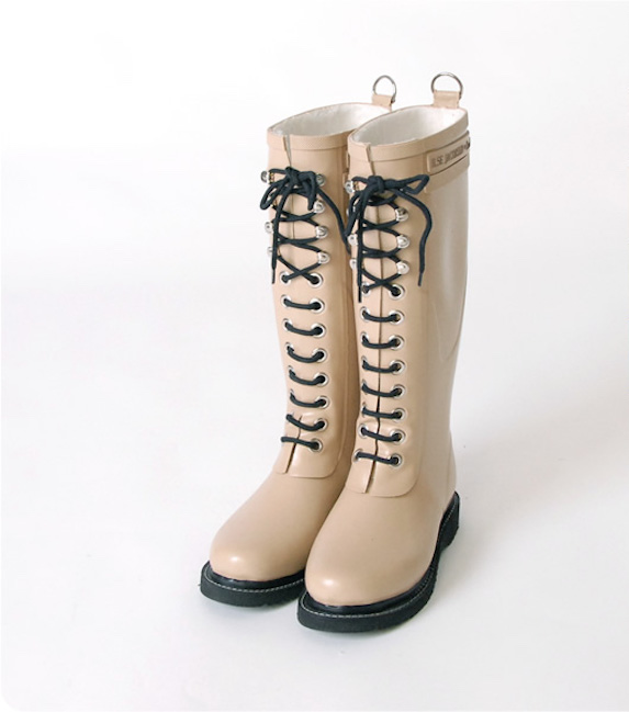 Tall rubber rain boot with lace-up feature in light beige colour