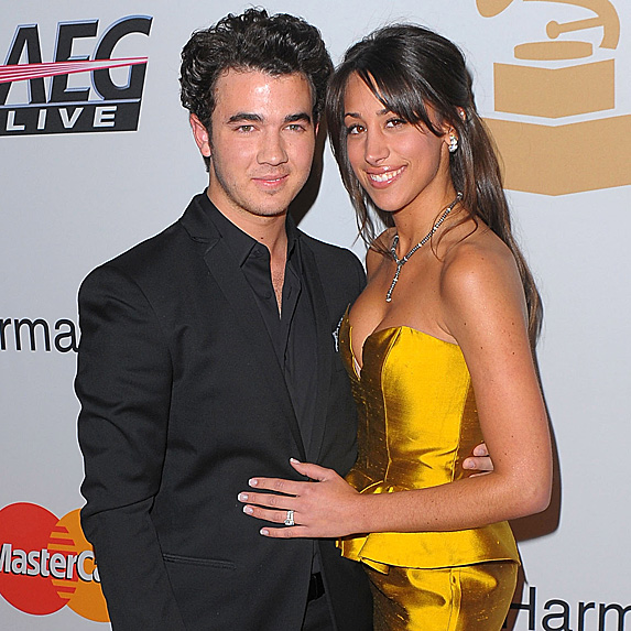 Kevin Jonas and Danielle Deleasa married young