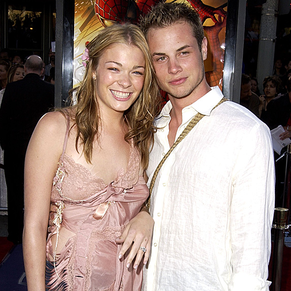 LeAnn Rimes and Dean Sheremet married young