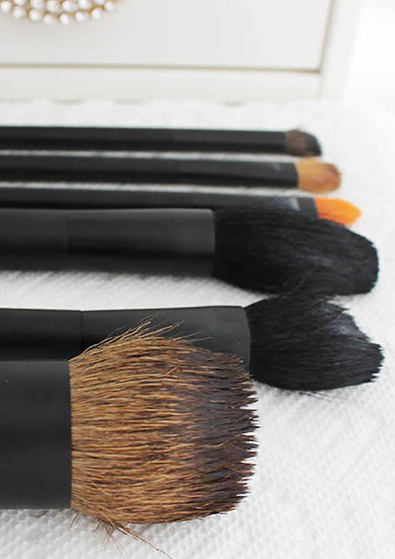 how to clean makeup brushes drying