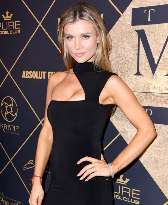 Joanna Krupa net worth: $8 million