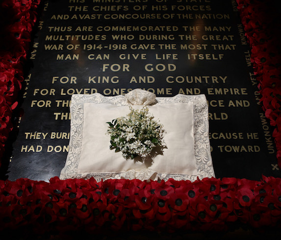 An image of Kate Middleton's wedding bouquet on the tombstone of the Unknown Warrior in 2011