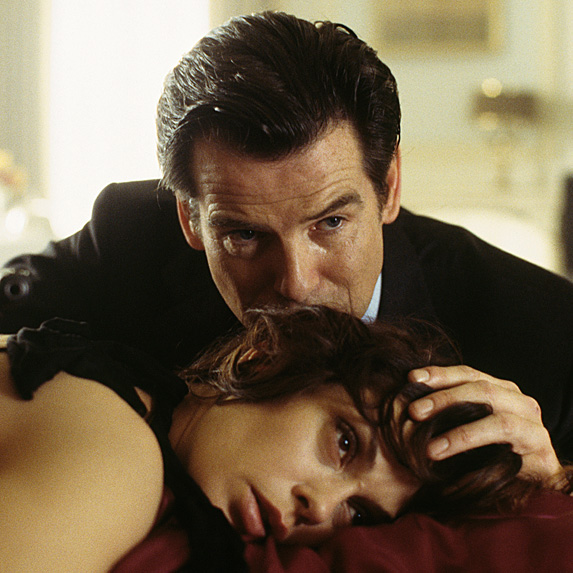 Pierce Brosnan and Teri Hatcher