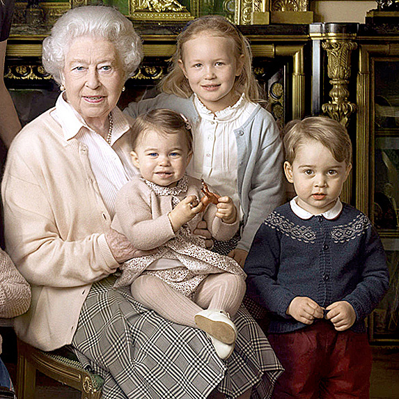 Queen Elizabeth II, Princess Charlotte, Savannah Phillips and Prince George