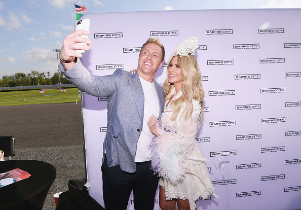kroy takes a selfie with kim