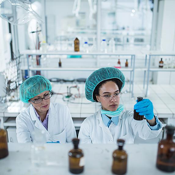female Biomedical engineers