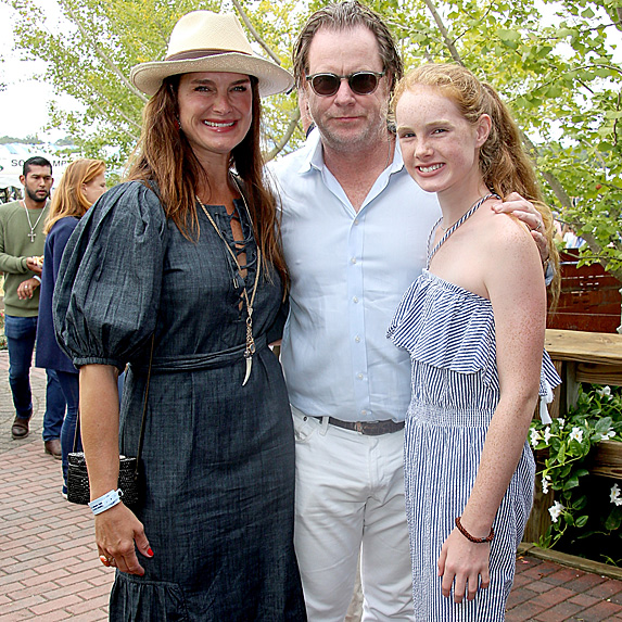 Brooke Shields, Chris Henchy, daughter Grier