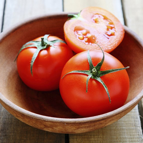bowl of fresh ripe tomatoes