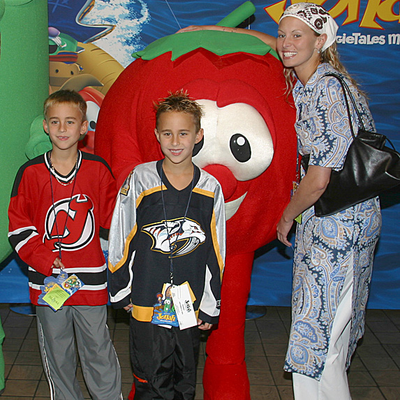Niki Taylor, sons Jake and Hunter