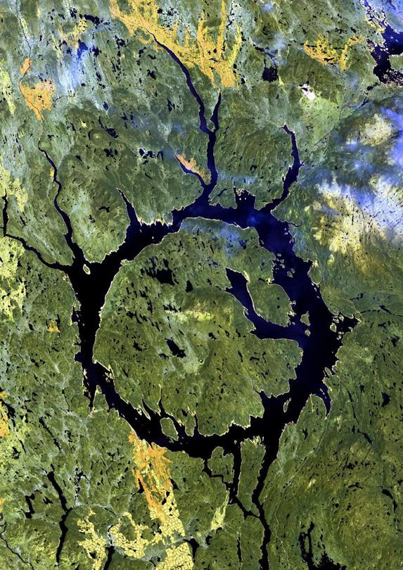 Lake Manicouagan, Quebec