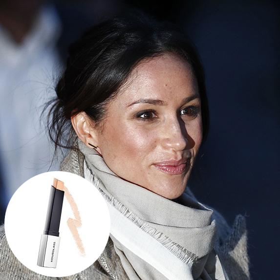 meghan markle with highlighted cheekbones with photo of hourglass vanish flash highlighting stick superimposed