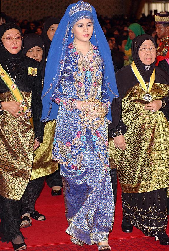 Sarah, Crown Princess of Brunei and Crown Prince Al-Muhtadee Billah