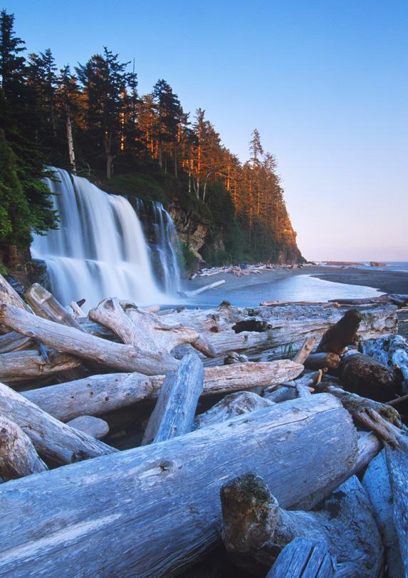 Tsusiat Falls, British Columbia