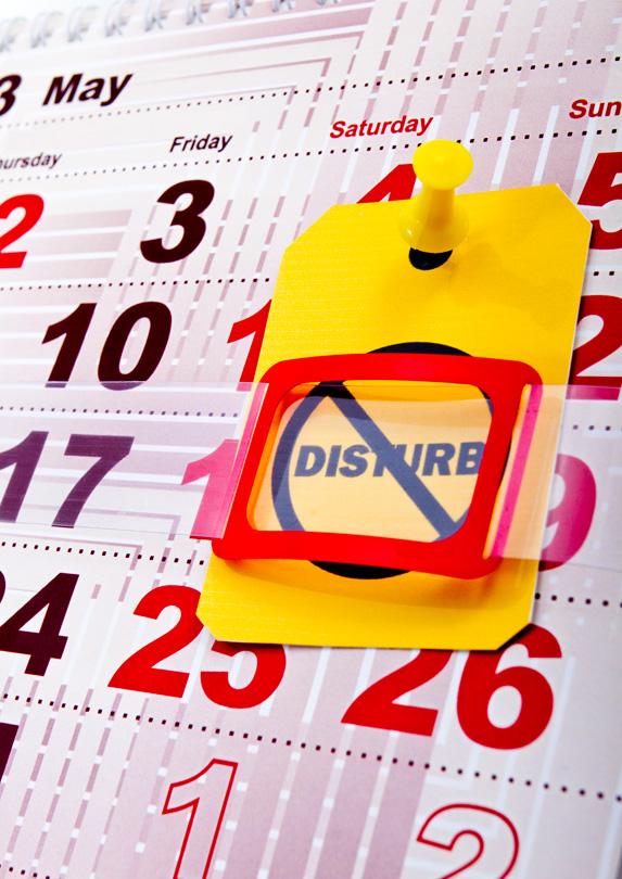 Calendar with do not disturb sign
