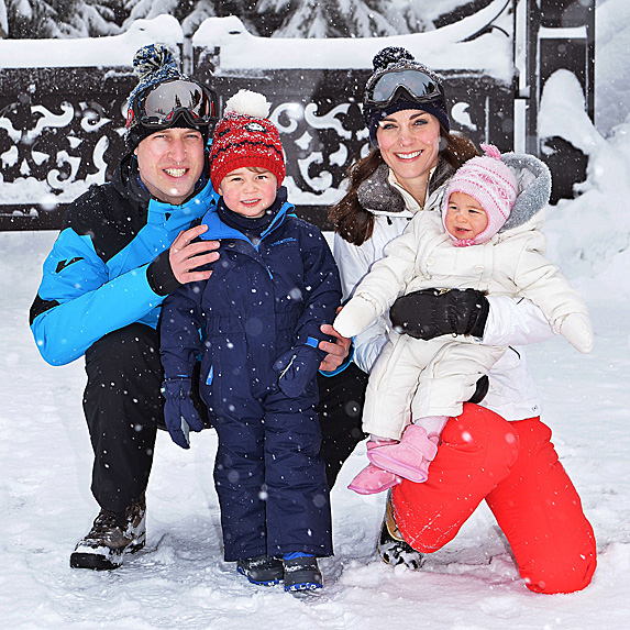 William, George, Kate and Charlotte posing while on ski vacation
