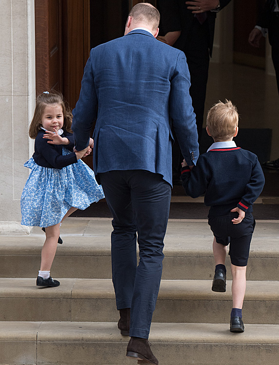 William taking Charlotte and George to meet Louis