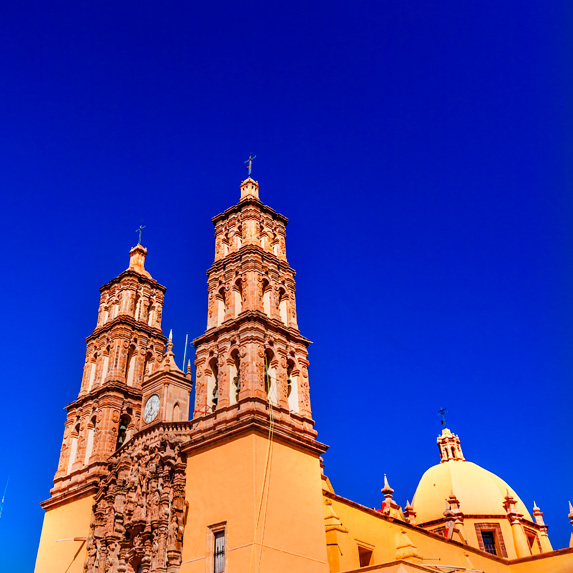 Catherdral in Dolores Hidalgo, Mexico