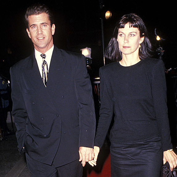 Mel Gibson and Robyn Gibson holding hands