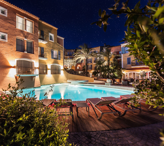 Pool views of the Hotel Byblos Saint-Tropez