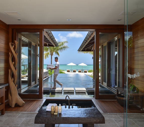 Private bathroom suite with exterior views at COMO Parrot Cay
