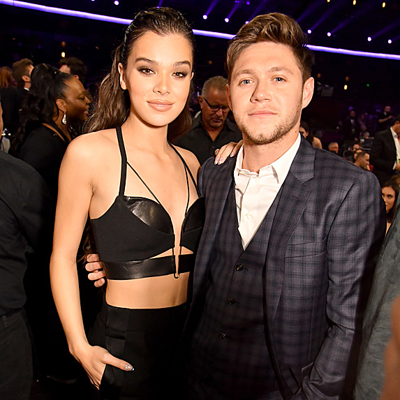 Hailee Steinfeld and Niall Horan at the 2017 AMAs