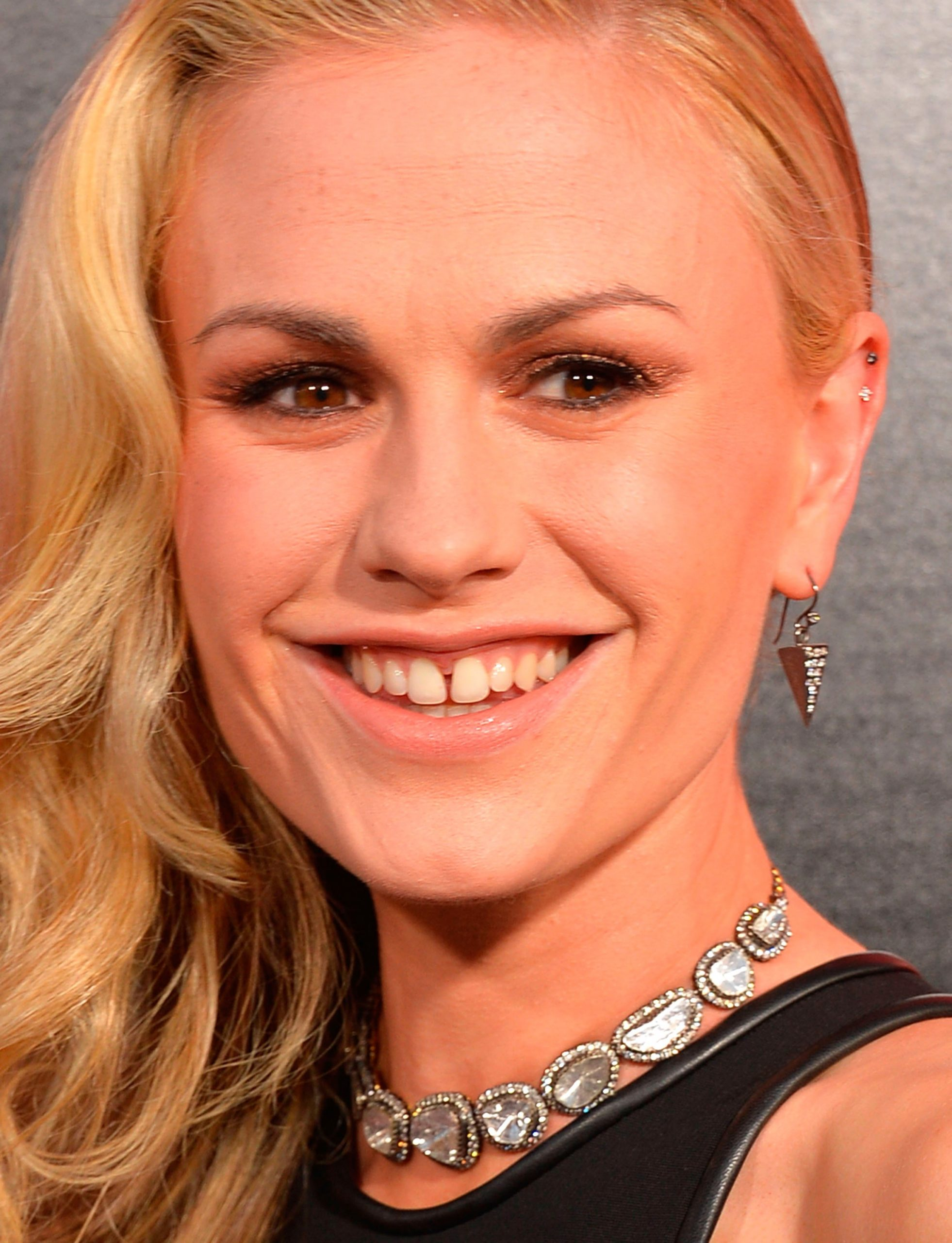Teeth with character: Anna Paquin