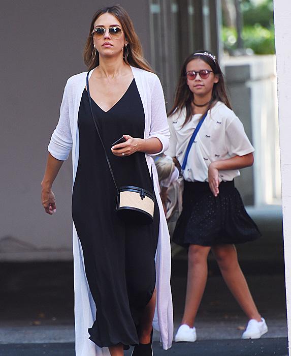 Jessica Alba with Honor Warren walking behind her