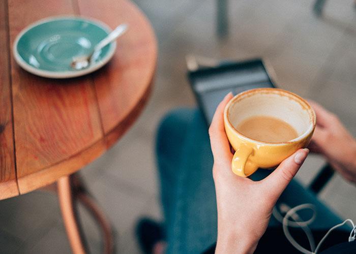 sleep-hacks-avoid-caffeine-in-the-afternoon