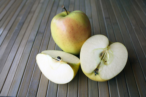 cut apple snack
