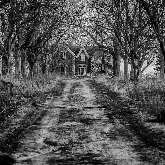 Abandoned house in Georgetown, Ontario
