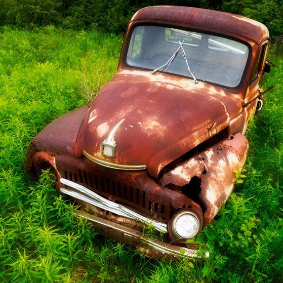 Abandoned Truck near Ottawa, Ontario