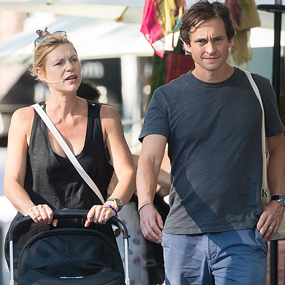 Claire Danes pushing stroller and walking with Hugh Dancy