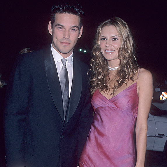 Eddie Cibrian and Brandi Glanville at the 2000 People's Choice Awards