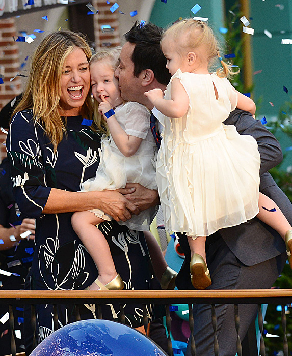Nancy Juvonen, Jimmy Fallon and their daughters at Universal Orlando