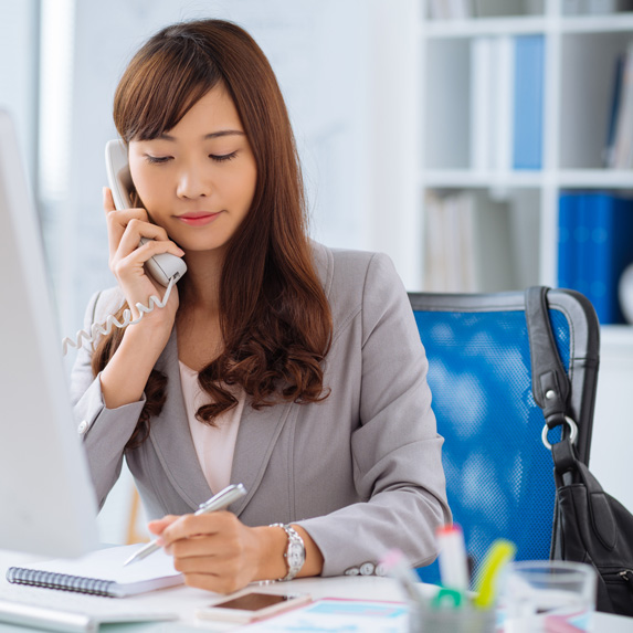 Account manager on the phone