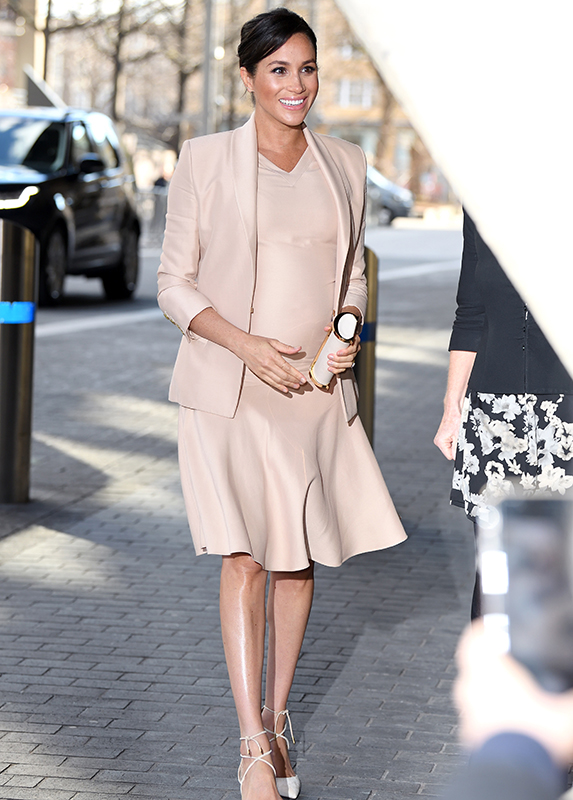 meghan-style-secrets-neutral-dress